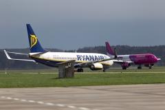 Start und Landung Wizz Air und Ryanair
