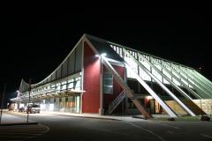 Terminal bei Nacht