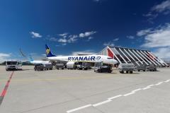 Vorfeld 1 mit Ryanair und Pobeda