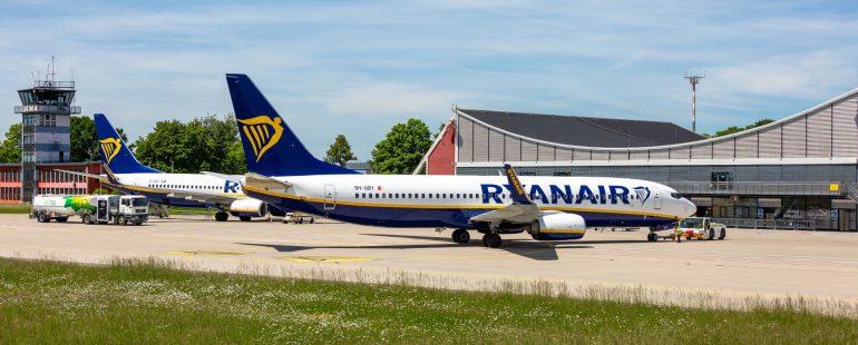 Zwei Ryanair Maschinen auf Vorfeld 1. Bild_Maximilian Mair